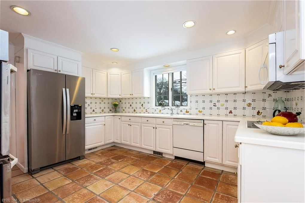 89 Brewster Rd, West Hartford, Ct 06117 For Latest Arlen Kitchen Pantry (Gallery 20 of 20)