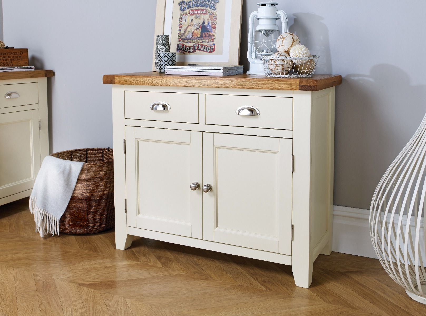 Country Cottage 100cm Cream Painted Oak Sideboard With Regard To Rutherford Sideboards (View 14 of 20)