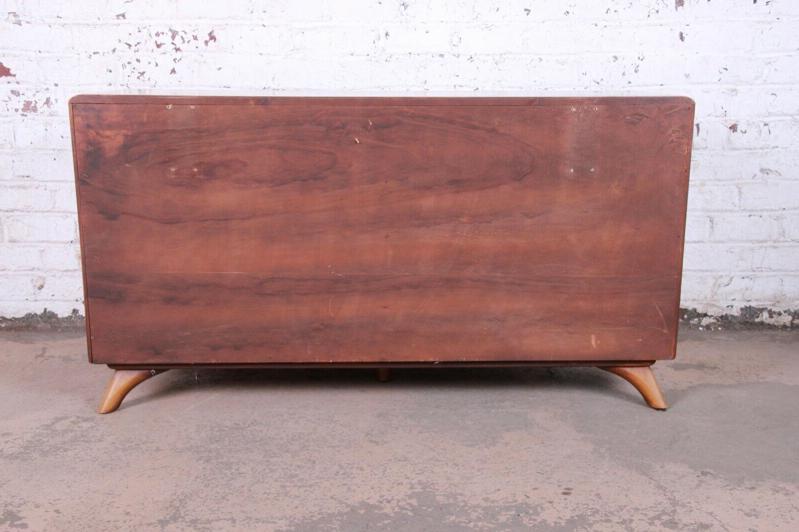 Franklin Shockey Rustic Modern Sculptured Pine Double Dresser Or Credenza,  1950S Pertaining To Lowrey Credenzas (View 3 of 20)