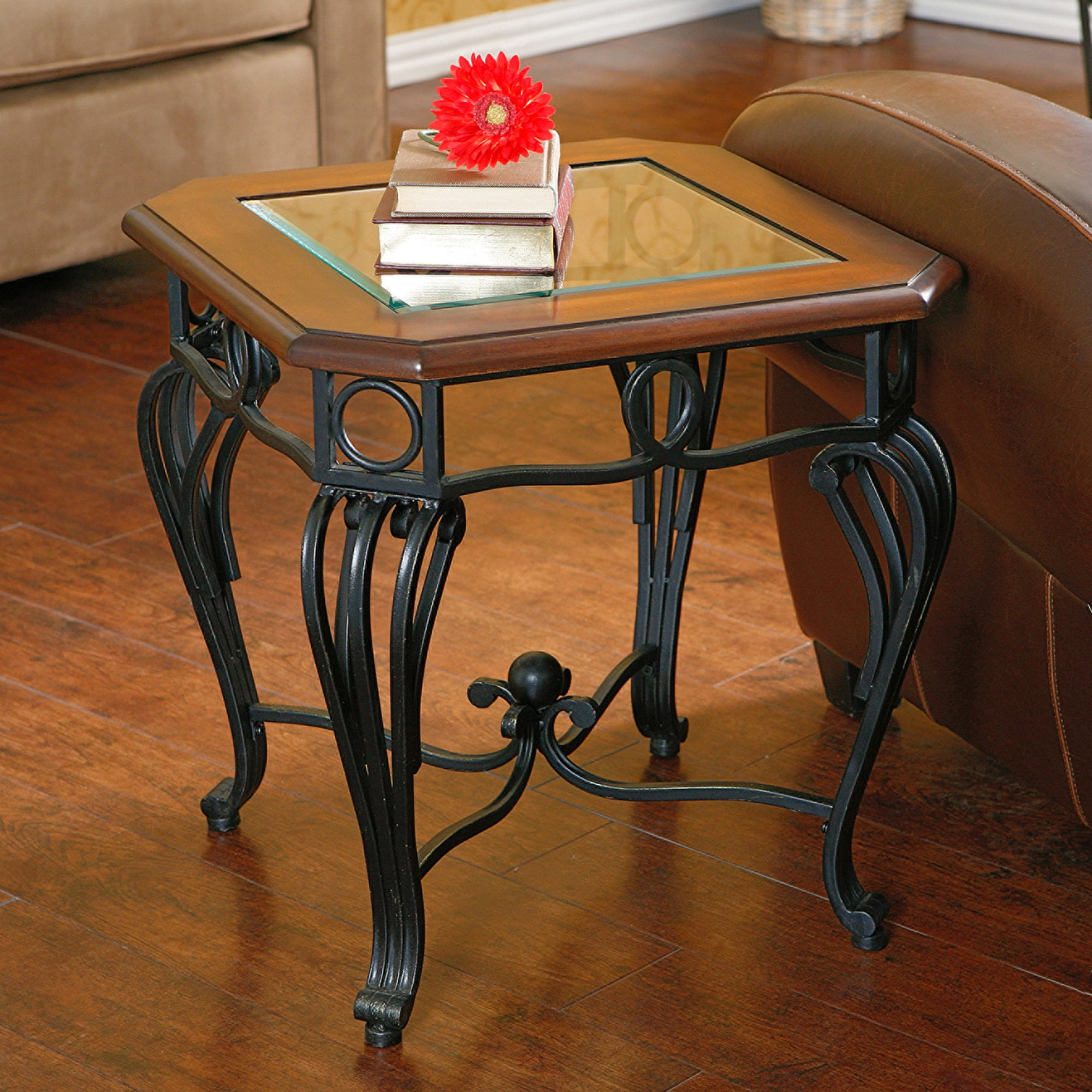 Featured Photo of Gracewood Hollow Salinger Prentice Cocktail Tables