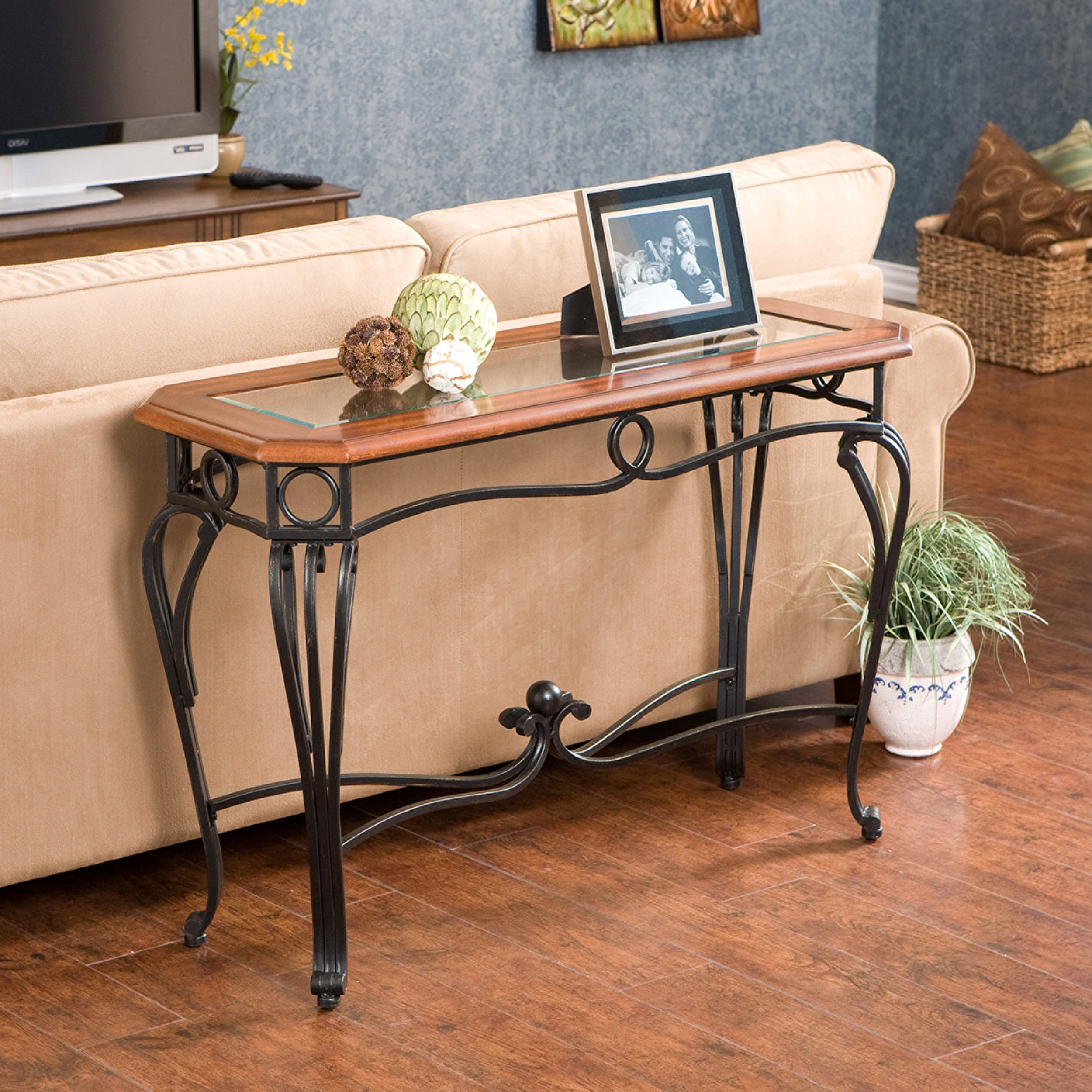 Gracewood Hollow Salinger Sofa Table With Regard To Most Recent Gracewood Hollow Salinger Prentice Cocktail Tables (View 2 of 20)
