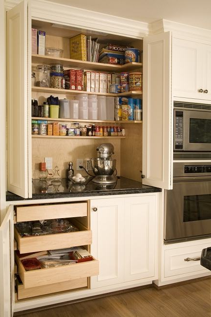 Hyland Kitchen Pantry Within Preferred More Custom Kitchen Cabinet Ideas (View 16 of 20)