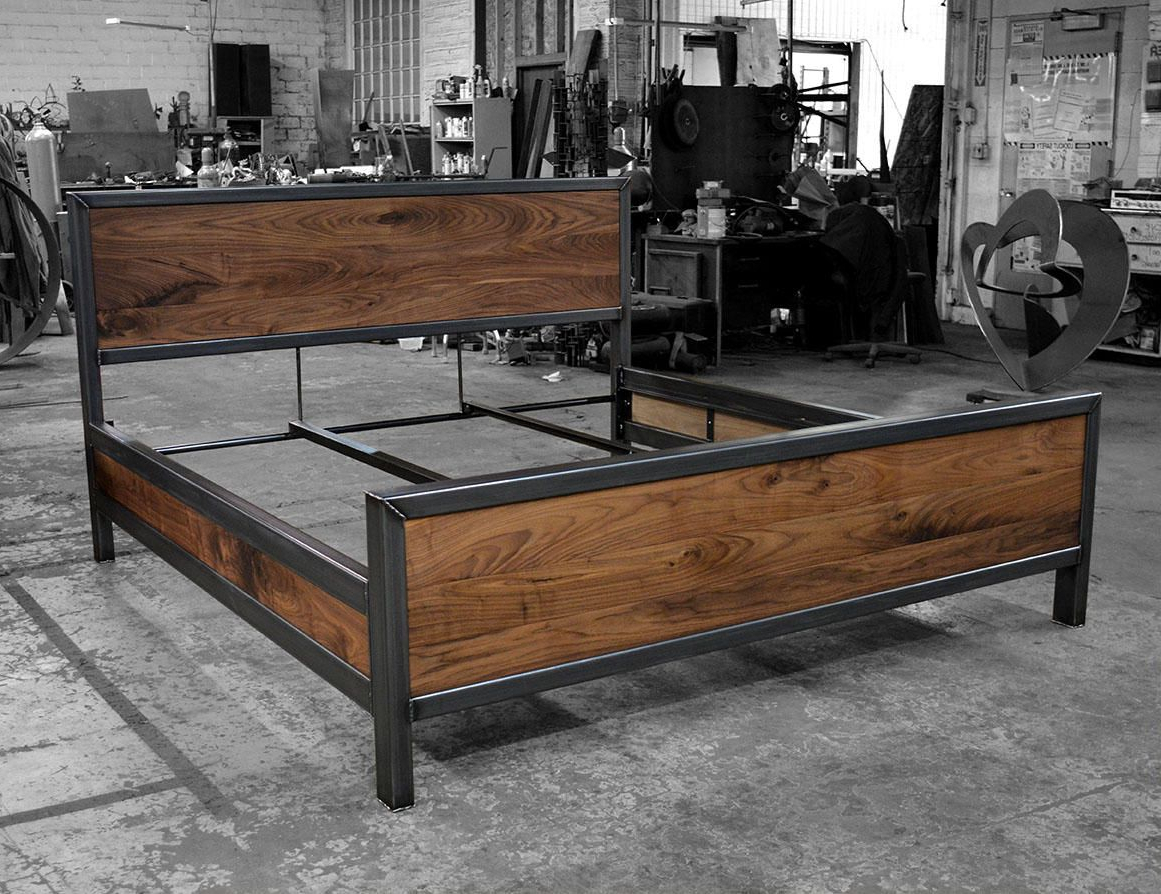 Kraftig Bed Number 4 With Side Rails (View 11 of 20)