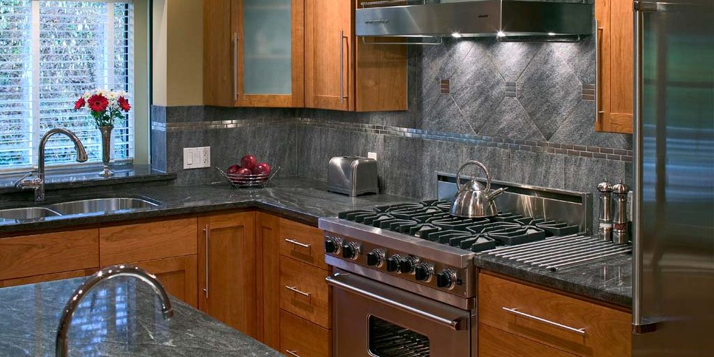 Lotus Kitchen Pantry Regarding Most Popular What's The Feng Shui Of Your Kitchen? The 8 Questions To Ask (View 10 of 20)