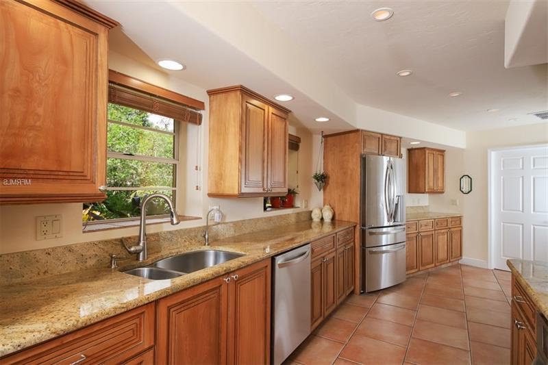 Newest 2395 Hillview St Sarasota Fl 34239 Mls A4436870 Throughout Hillview Kitchen Pantry (View 16 of 20)