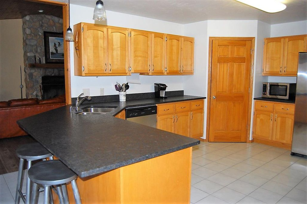 Oconto Kitchen Pantry In Widely Used 3095 Nuthatch Ln, Oconto, Wi  (View 12 of 20)