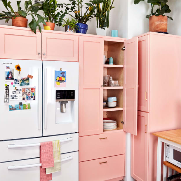 Personal Space: Copy This Colorful, Cool California Kitchen With Regard To Widely Used Kilpatrick Kitchen Pantry (View 15 of 20)