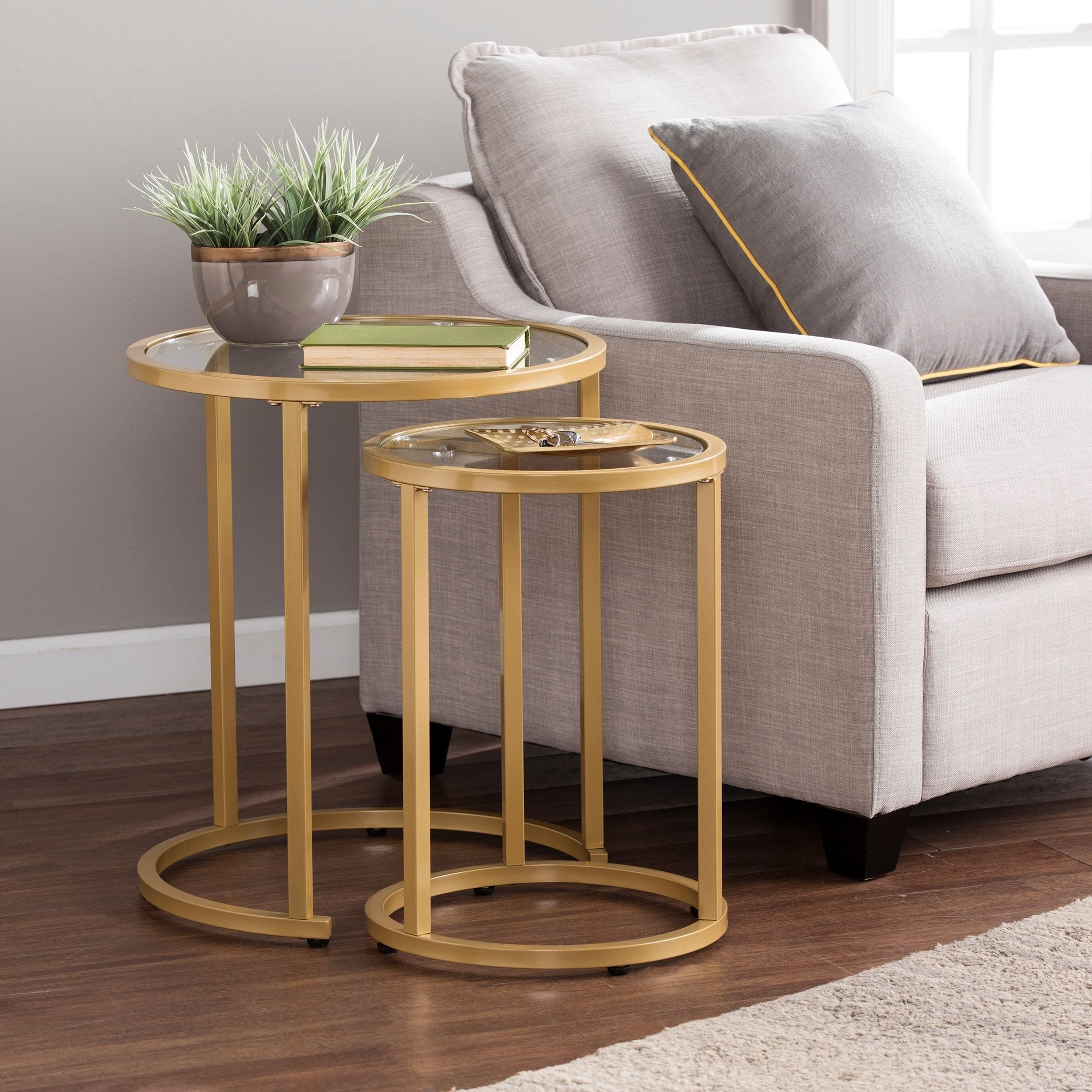 Silver Orchid Grant Glam Nesting Side Table 2pc Set – Gold Pertaining To 2019 Silver Orchid Henderson Faux Stone Round End Tables (View 17 of 20)