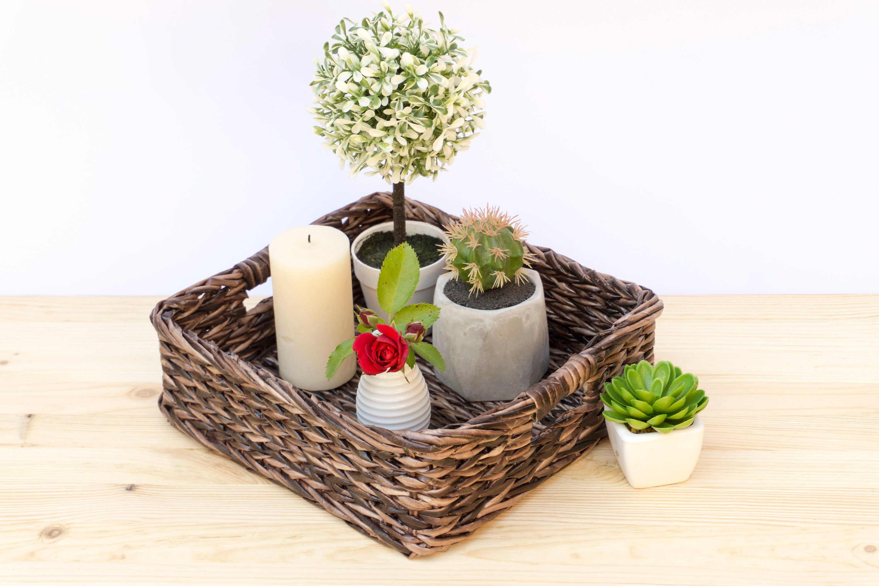 Trendy Rustic Coffee Tables With Wicker Storage Baskets For Rustic Square Wicker Basket Tray, Hand Woven Coffee Table (View 10 of 20)