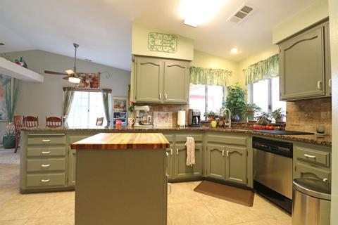 Tuohy Kitchen Pantry Regarding Most Popular 660 Tuohy St, Tulare, Ca 93274 Mls# 144289 – Movoto (View 19 of 20)