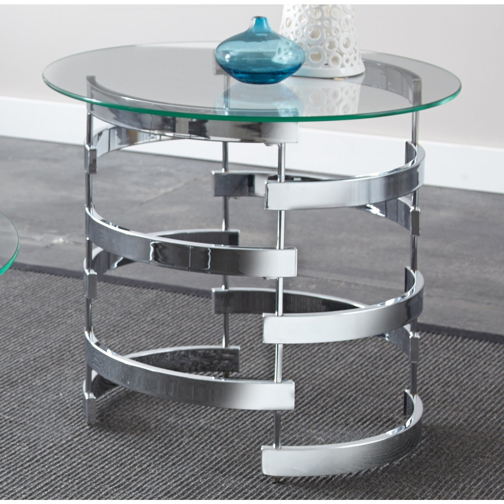 Well Known Silver Orchid Bardeen Round Coffee Tables Pertaining To Silver Orchid Bardeen Round End Table (View 3 of 20)