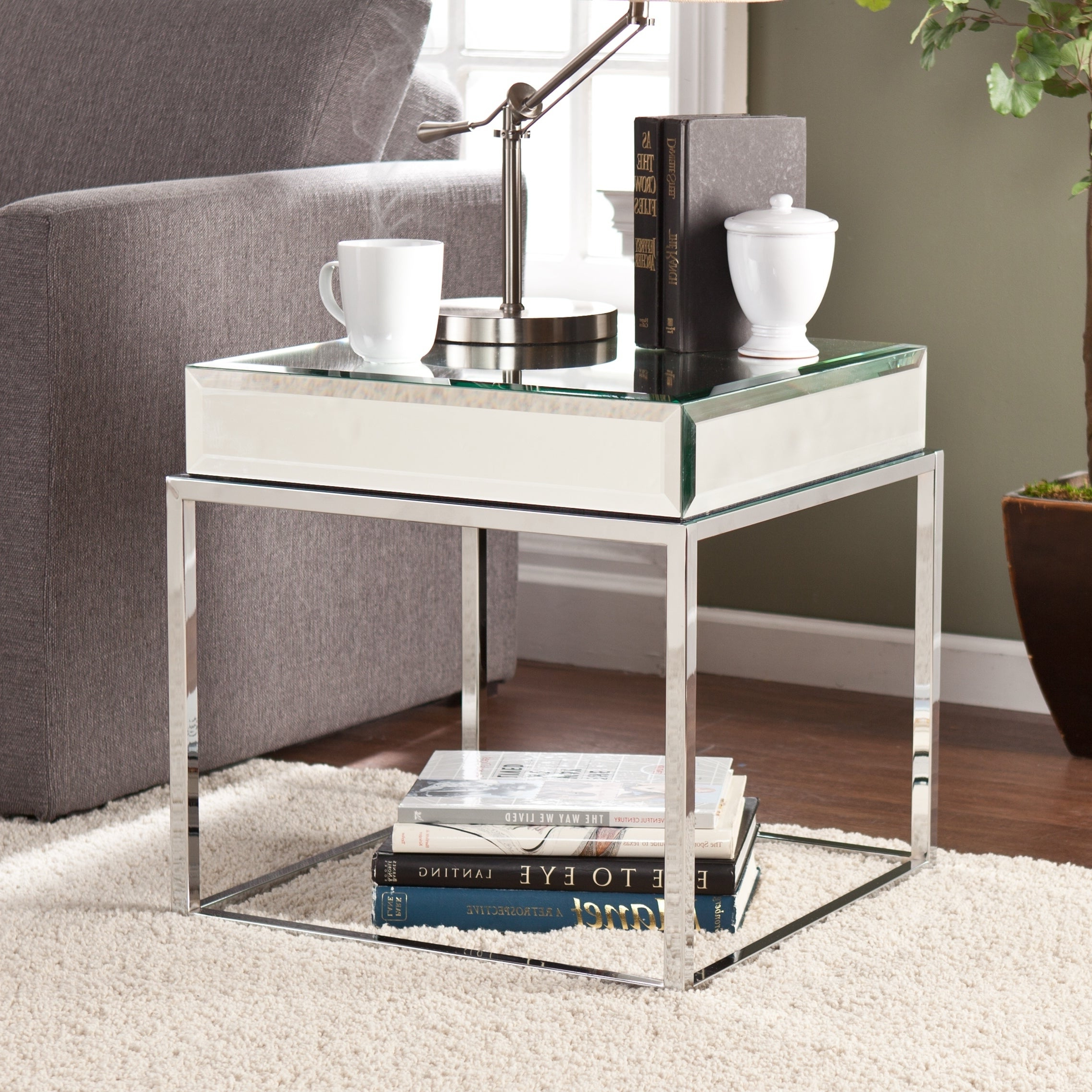 Widely Used Silver Orchid Olivia Chrome Mirrored Coffee Cocktail Tables Throughout Silver Orchid Olivia Mirrored End Table (View 12 of 20)