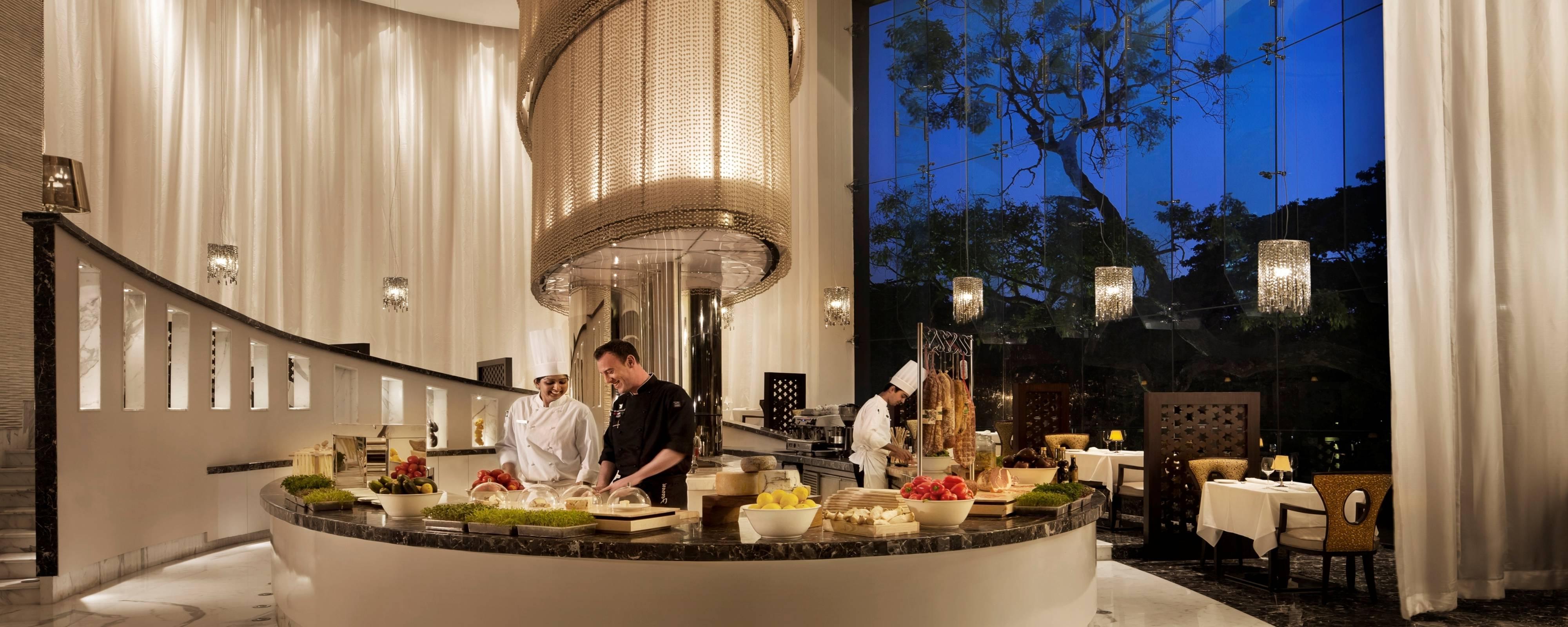 Bangalore Restaurant – Brunch – Buffet – Italian | Jw Regarding Medium Buffets With Wood Top (View 4 of 20)