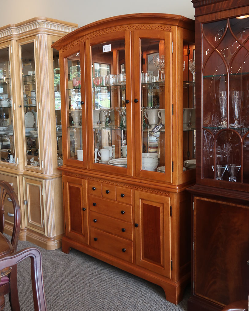 Cherry Finish Buffet/hutch With Buffets With Cherry Finish (View 12 of 20)