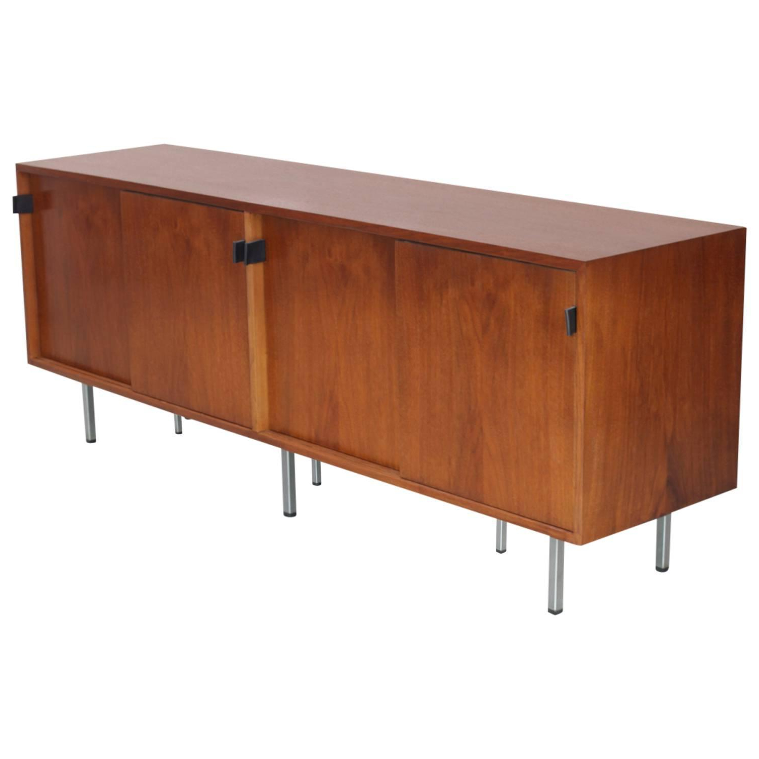 Florence Knoll Credenza Sideboard Walnut With Leather Pulls Regarding Retro Holistic Credenzas (View 5 of 20)