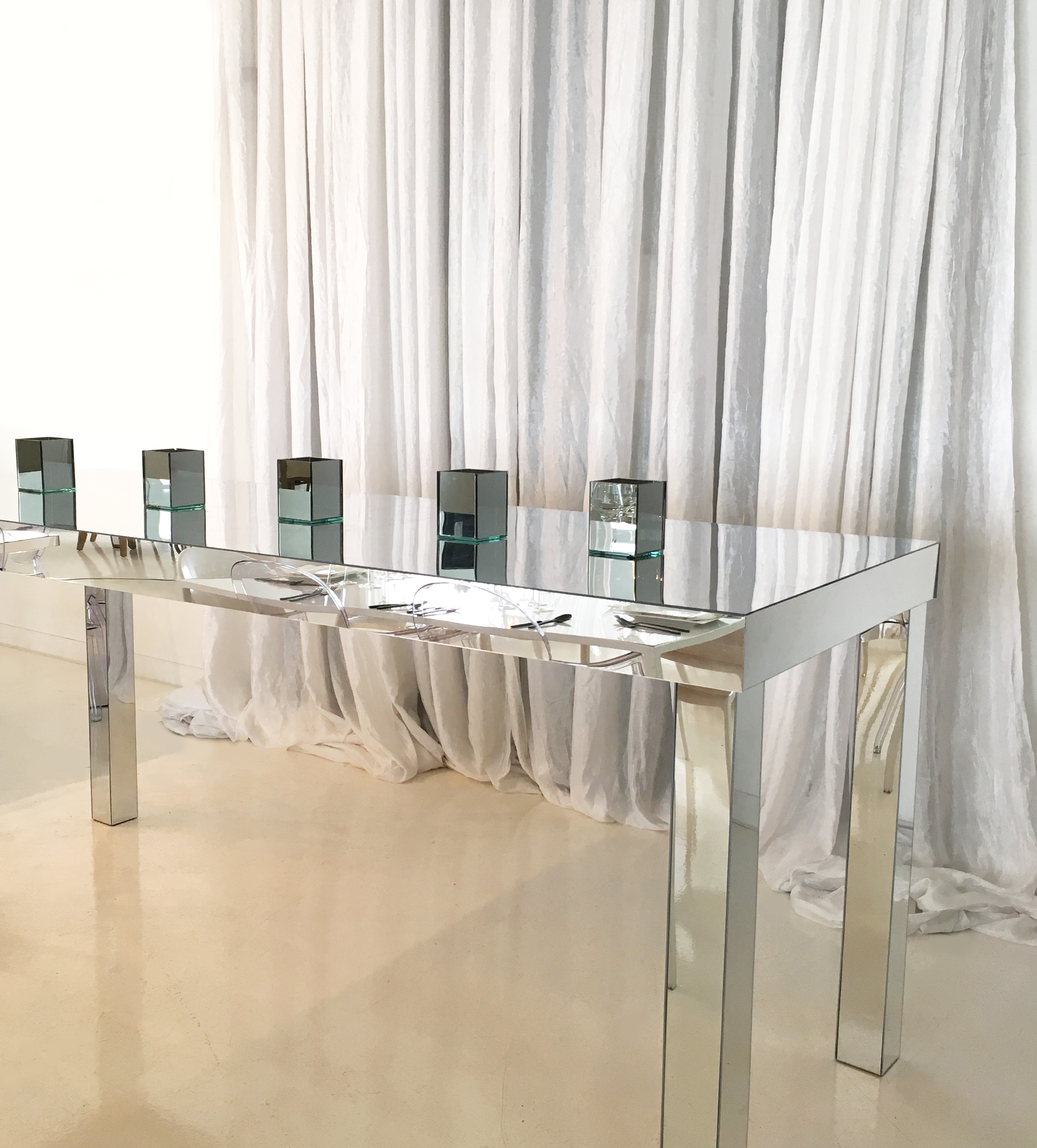 Furniture: Mirrored Buffet With Gorgeous And Antique Design Inside Mirrored Buffets (View 8 of 20)