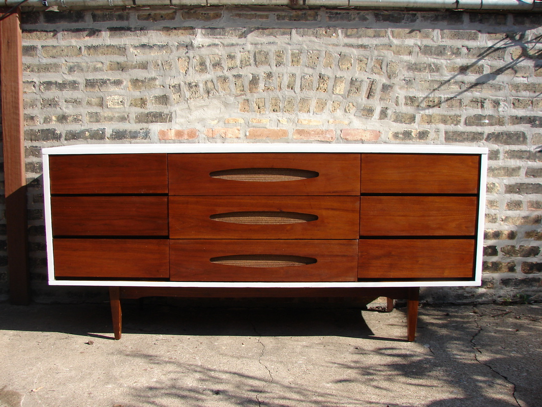 Mid Century Buffet Credenza | Royals Courage : Are You Able Throughout Modern Mid Century Buffets (View 7 of 20)