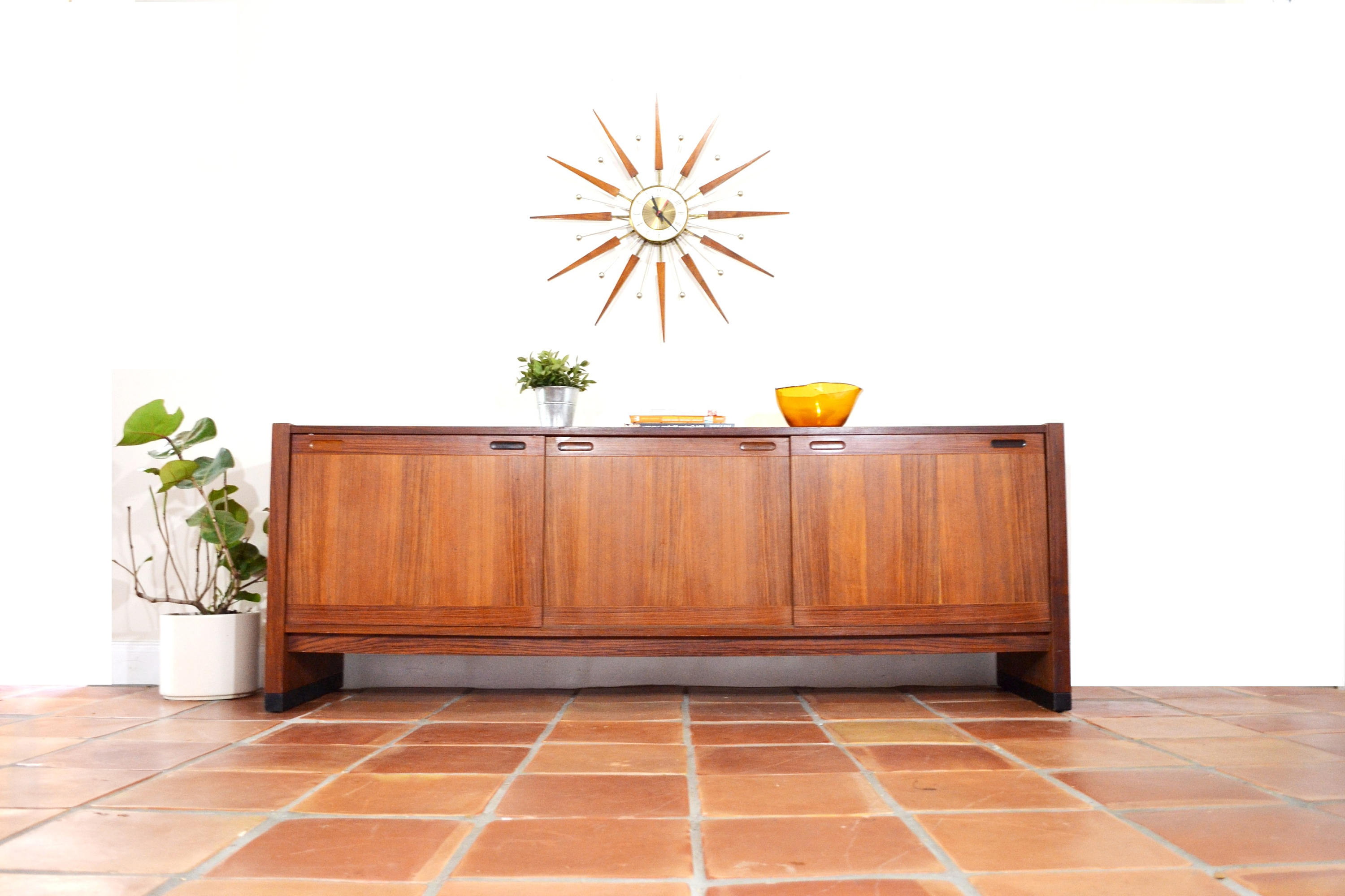 Mid Century Console Or Buffetdyrlund. Danish Teak Credenza. Dining Room  Furniture. Tv Room Cabinet. 1960S 1950S. Vintage Modern Media (View 13 of 20)