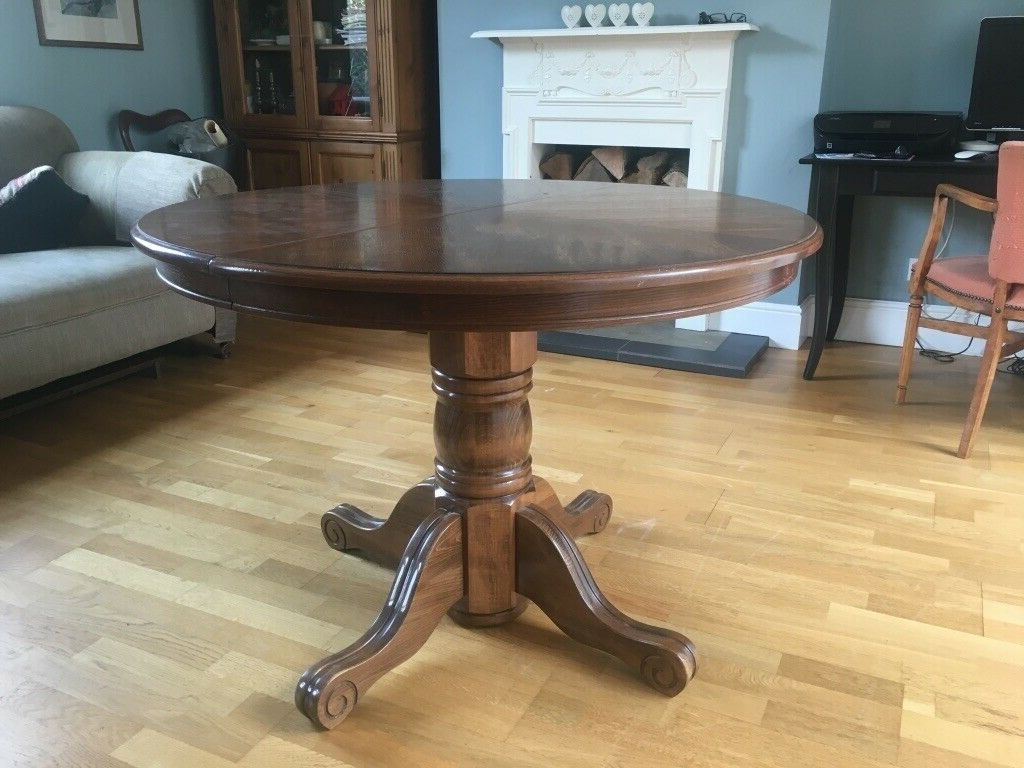 Best And Newest Villani Pedestal Dining Tables Intended For Extending Round Pedestal Dining Table (View 7 of 20)