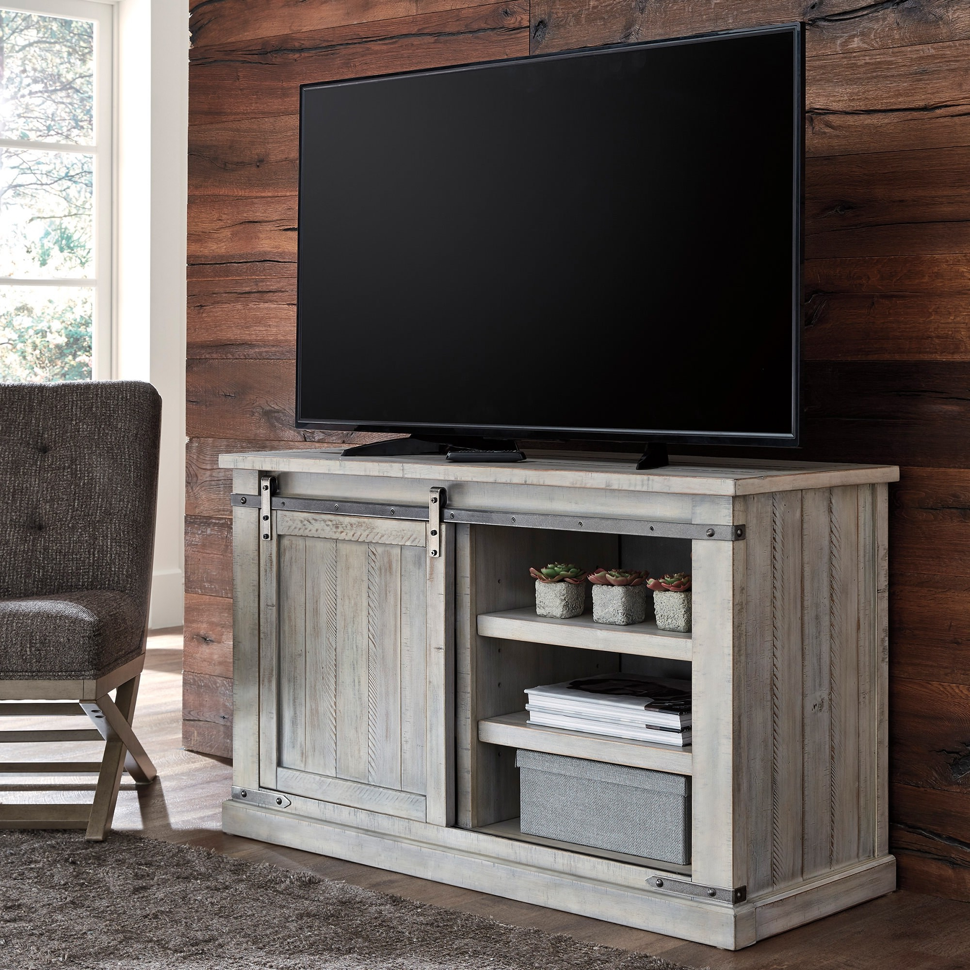 """Carynhurst Medium 50 Inch Tv Stand – Bernie & Phyl's Throughout Virginia Tv Stands For Tvs Up To 50"""" (View 8 of 20)"""