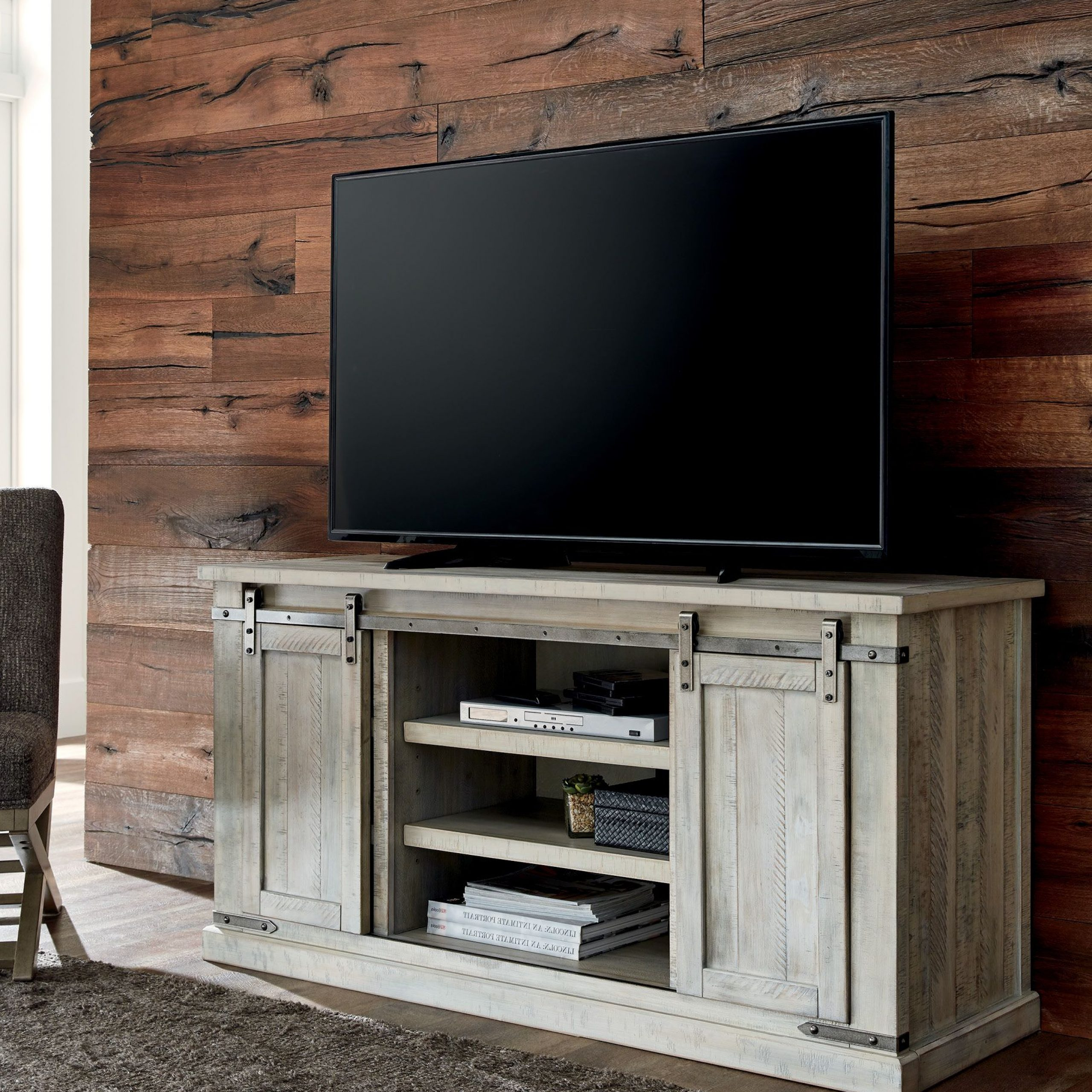 """Carynhurst Whitewash Tv Stand 