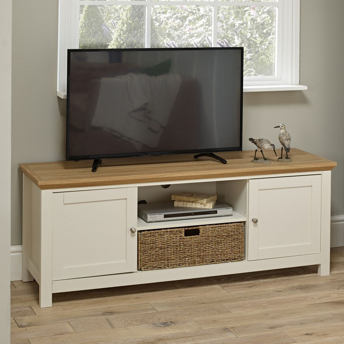 Cotswold Country Oak Tv Unit, Cream In 2020   Wooden Tv Within Cotswold Widescreen Tv Unit Stands (View 1 of 20)