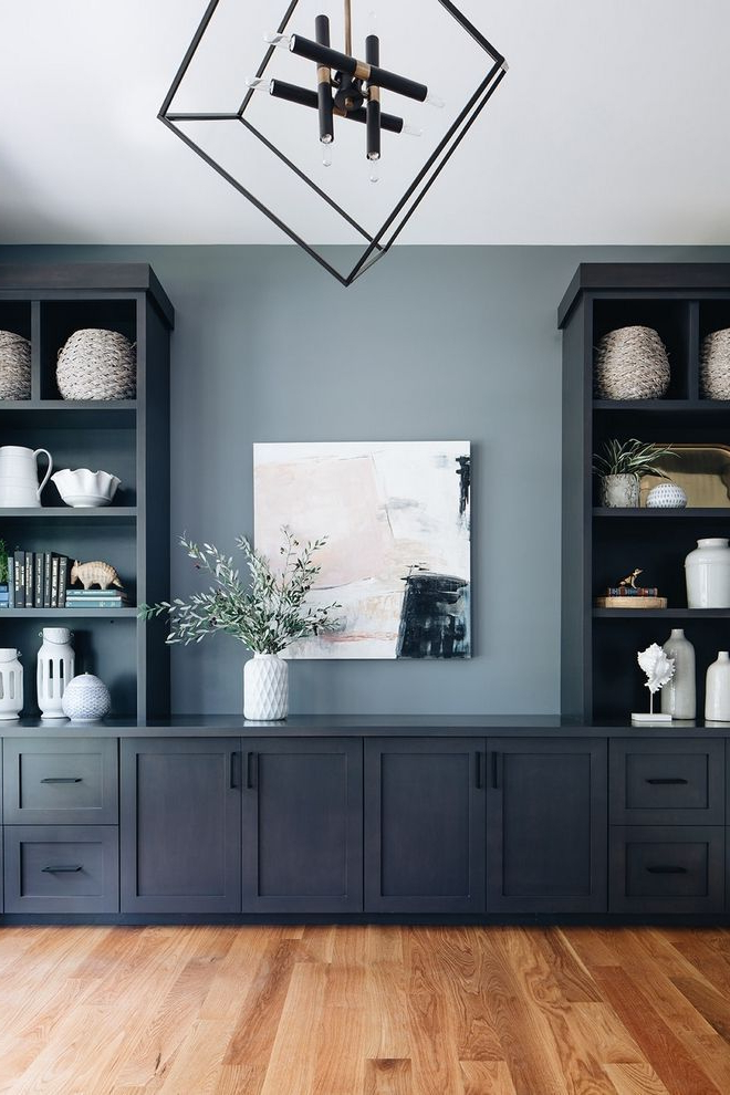 Dark Siding Farmhouse (home Bunch – An Interior Design Within Farmhouse Woven Paths Glass Door Tv Stands (View 10 of 20)