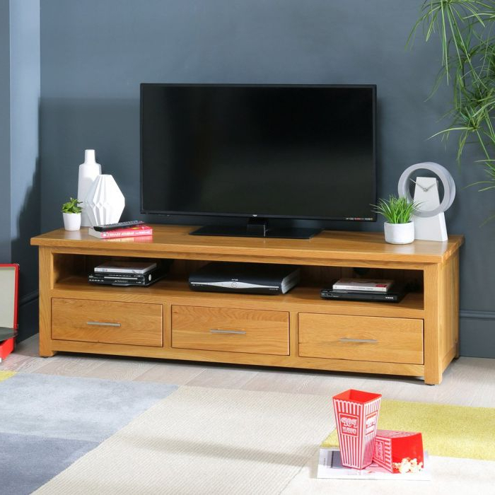 London Solid Oak Large Widescreen Tv Unit – To Fit Tvs Up In Cotswold Widescreen Tv Unit Stands (View 3 of 20)