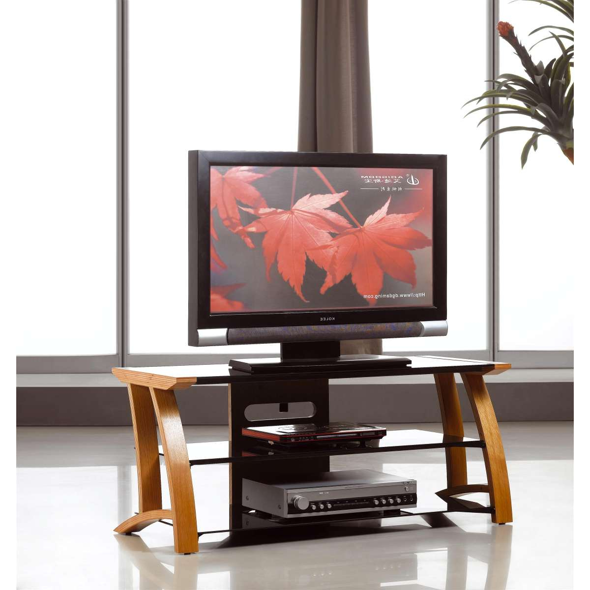 Oak Tv Stand Black Glass Shelves + Flat Screen 32 42 | Ebay With Regard To Glass Shelf With Tv Stands (View 8 of 20)