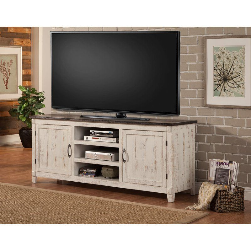 """Pinjessica Munoz On Farmhouse Style In 2020 