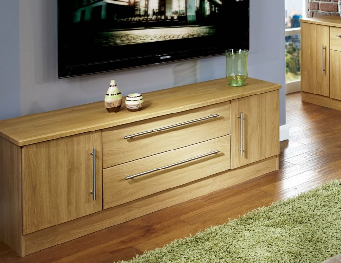 Siero Oak 2 Door 2 Drawer Wide Tv Unit Throughout Claudia Brass Effect Wide Tv Stands (View 12 of 20)