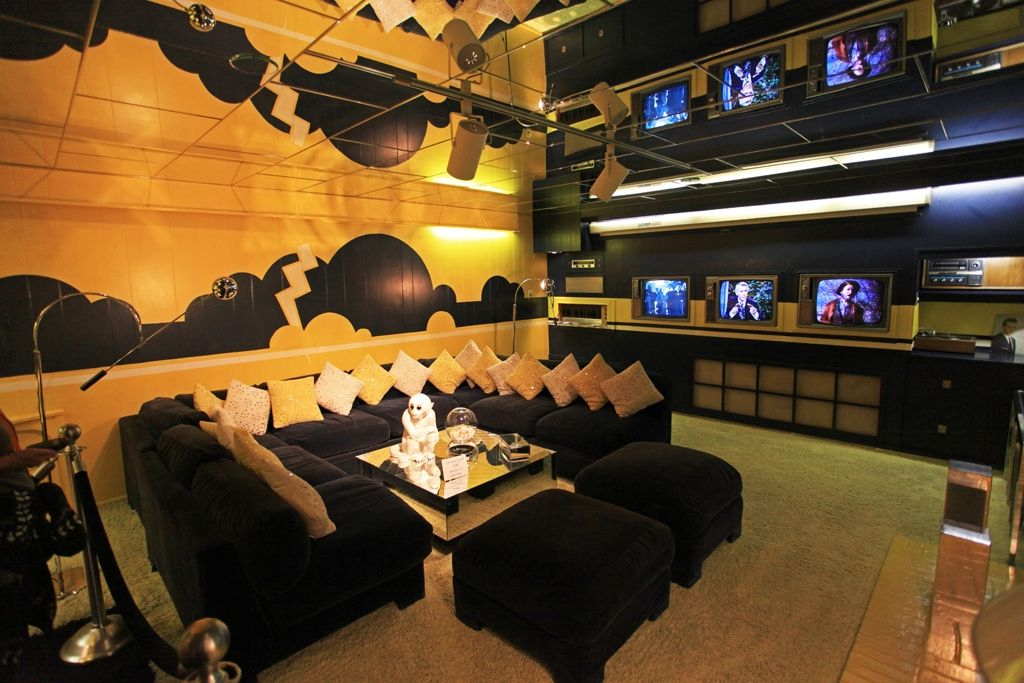 """Take A Look Inside Elvis Presley's Graceland Estate Within Lisa Marie Tv Stands For Tvs Up To 65"""" (View 16 of 20)"""
