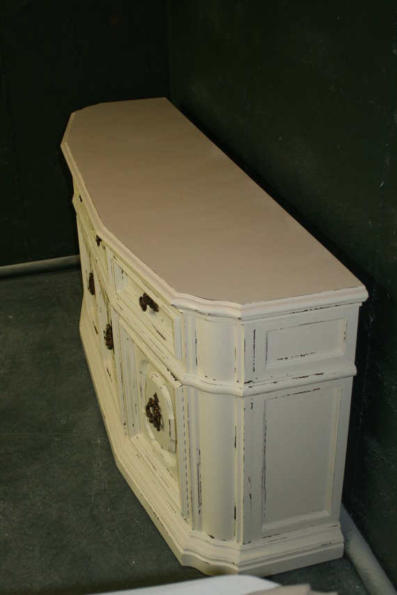 Veranda Ivory Console/ Entertainment Stand With Regard To Compton Ivory Extra Wide Tv Stands (View 18 of 20)
